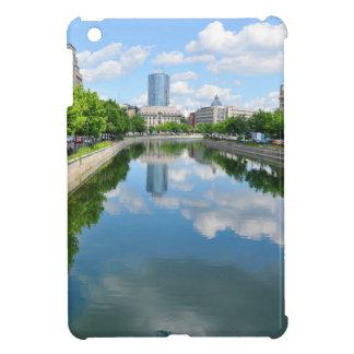 Dambovita Fluss in Bukarest, Rumänien iPad Mini Hülle