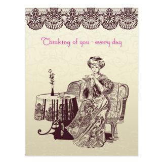 Dame trinkt Tee Postkarte