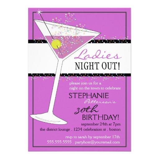 Damen-Nachtheraus Martini-Geburtstags-Feier Personalisierte Einladungskarte