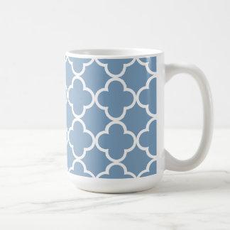 Dämmerung blaues weißes Quatrefoil Kaffeetasse