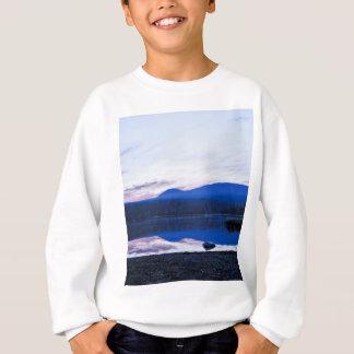 Dämmerung in wenigem Lava See, Oregon Sweatshirt