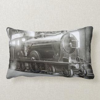 Dampf-Lokomotive (Dame von Avenal) Lendenkissen