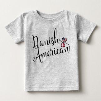 Dänisches Amerikaner Entwinted Herz-T-Shirt Baby T-shirt