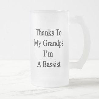 Dank meines Großvaters bin ich ein Bassist Mattglas Bierglas
