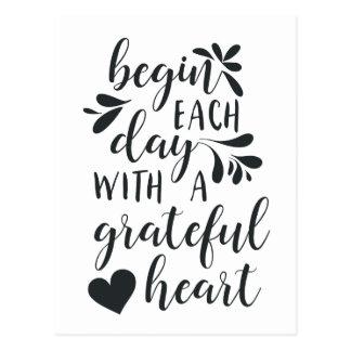 Dankbare beschriftetes Typografie-Zitat des Herz-| Postkarte
