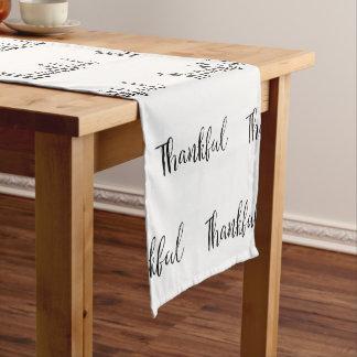 Dankbarer Tabellen-Läufer Kurzer Tischläufer