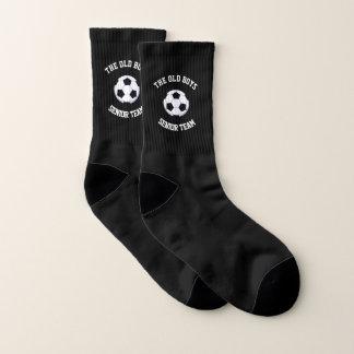 Das alte Jungen-ältere Team, das ganz vorbei klein Socken