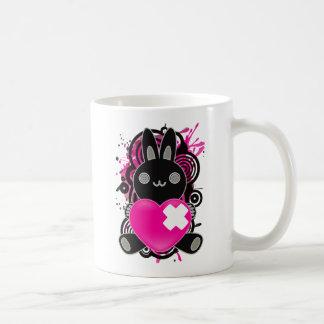 Das angefüllte Spielzeug des Kaninchens Kaffeetasse