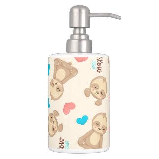 Das Baby-niedlicher entzückender BrownSloth der Badezimmer-Set