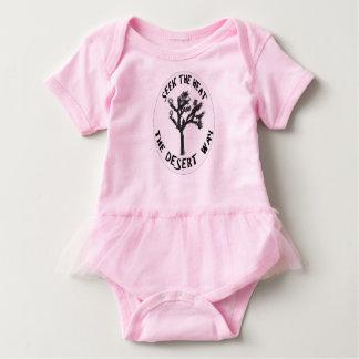 Das Ballettröckchen des rosa Wüsten-Weisen-Babys Baby Strampler