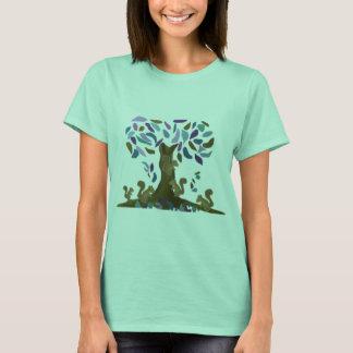 Das Baumhaus des Eichhörnchens T-Shirt