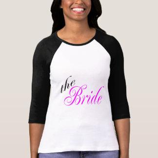 Das Braut-Rosa und das Schwarze Shirt