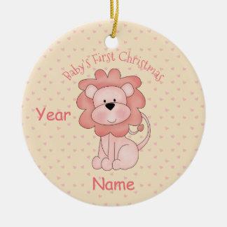 Das erste Weihnachten des Babys (Mädchen - Löwe) Keramik Ornament