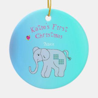 Das erste Weihnachten des reizend Elefant-Babys Rundes Keramik Ornament