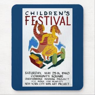 Das Festival der Kinder Mousepad