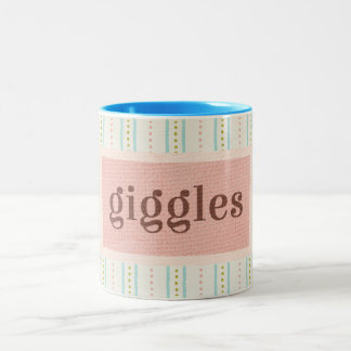 Das ganzes hübsche Sache-Gekicher Zweifarbige Tasse