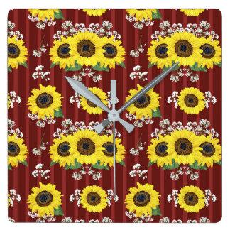 Das gestreifte rote frische Sonnenblume-nahtlose Quadratische Wanduhr
