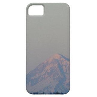 Das Glühen des Sonnenuntergangs auf dem Berg iPhone 5 Hülle