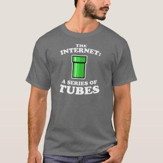 das Internet - es? s ein Reihe Rohre - Ted Steven T-Shirt