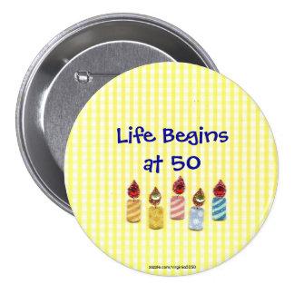 Das Leben fängt bei 50 buntes Geburtstags-Kerzen