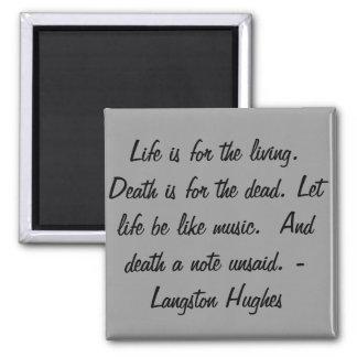 Das Leben ist für das lebende… Quadratischer Magnet