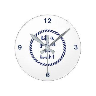Das Leben ist… Runde Wanduhr