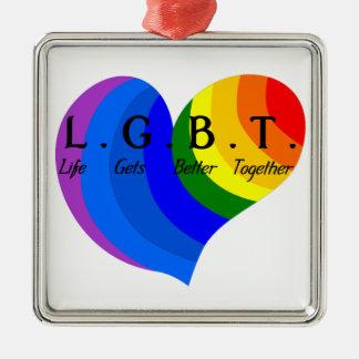 Das Leben kommt besseren LGBT Stolz zusammen Quadratisches Silberfarbenes Ornament