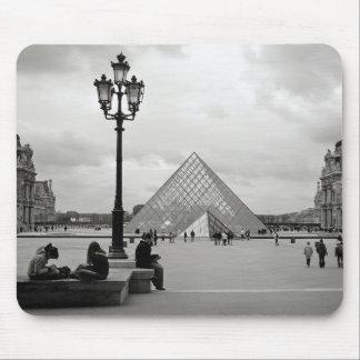 Das Louvre Mousepad