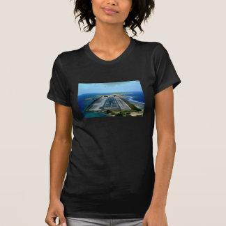 Das Marissa Majuro Schicht-T-Stück T-Shirt