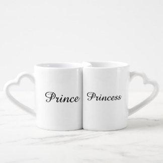 Das perfekte Geschenk-Set für Jungvermählten Liebestassen