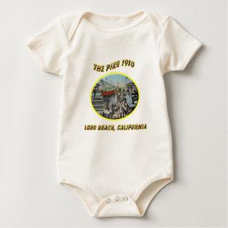 Das Pike 1910 Baby Strampler