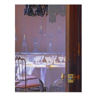 Das private Esszimmer mit dem schwarzen Kristall Postkarte