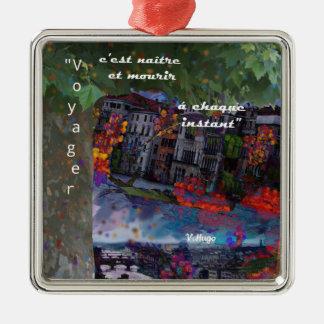 Das Reisen ist wie eine Erneuerung jeder Moment Quadratisches Silberfarbenes Ornament