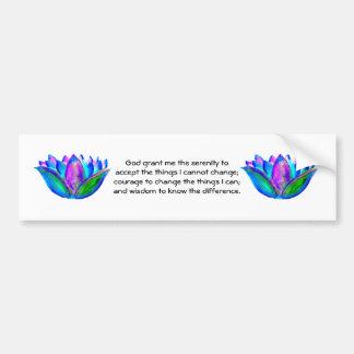 Das Ruhe-Gebet mit bunter Lotus-Blüte Autoaufkleber