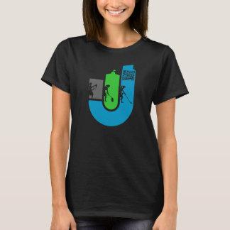 Das schwarze Shirt der Frauen