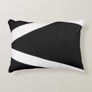 Das schwarze u. weiße Kissen