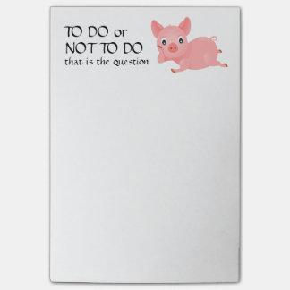 Das Schwein erwägen lustig, um Liste zu tun Post-it Klebezettel