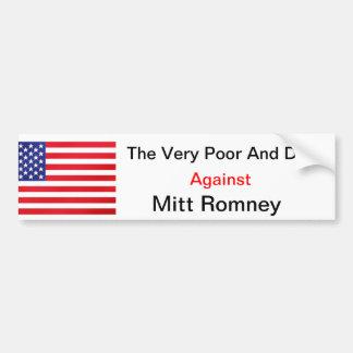 Das sehr arme und die Hunde gegen Mitt Romney Autoaufkleber