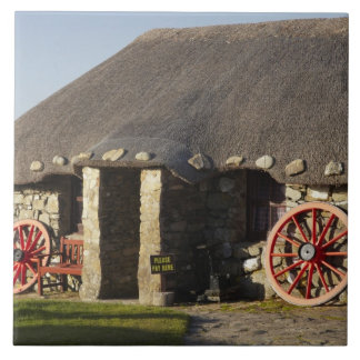 Das Skye Museum des Insel-Lebens, nahe Duntulm, Keramikkachel