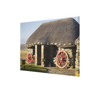 Das Skye Museum des Insel-Lebens, nahe Duntulm, Leinwand Druck