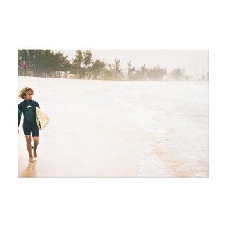 Das Surfer-Kind Leinwanddruck