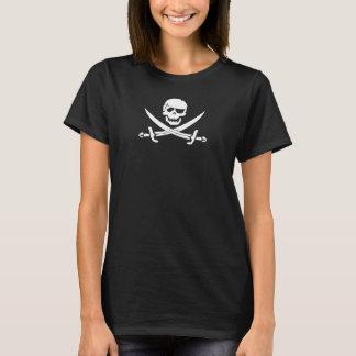 Das T-Shirt der Piratenflagge-Frauen