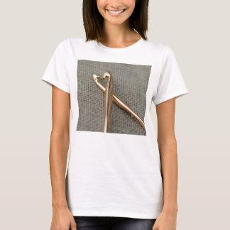 Das T-Stück der Frauen der Häkelarbeit-Liebhaber T-Shirt