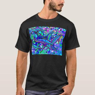 """""""das Tanzen"""" des Delphins in den Unterwasserblasen T-Shirt"""