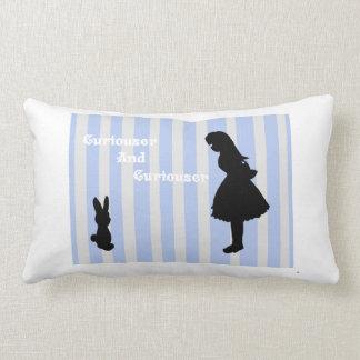 Das weiße Kaninchen Alice-Treffens Kissen