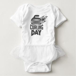 Das Winden ist cooler Tag - Anerkennungs-Tag Baby Strampler