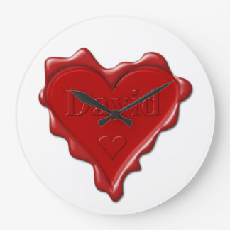 David. Rotes Herzwachs-Siegel mit Namensdavid Große Wanduhr