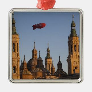 De Basilica de Nuestra Senora Pilar, Silbernes Ornament