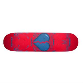 Defektes Herz Stammes- Skateboard rot u blau Skateboardbrett