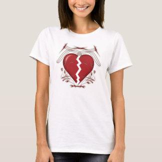 Defektes Herz u. Stammes- Grafik: Weißer T - Shirt